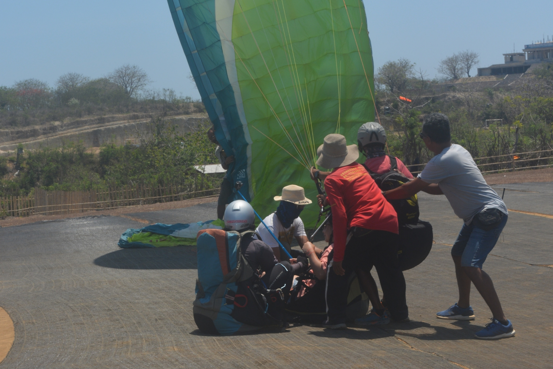You are ready to do the Paragliding Adventure Activity Tour in Bali Paragliding
